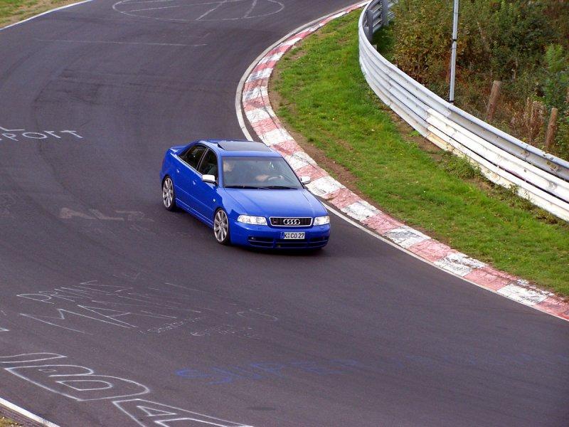 Nogaro Blue Audi S4 on Nürburgring Nordschleife6.jpg