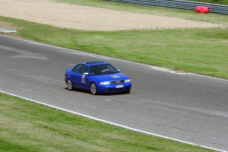 Nogaro Blue Audi S4 Most Autodrom 147.jpg