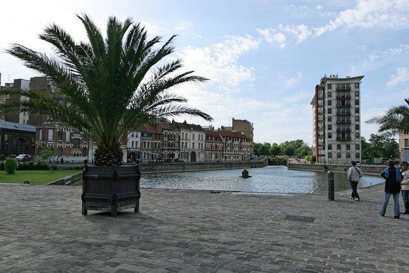 Visite de la ville de Lille - le quai du Vault dernier bassin deau de Lille