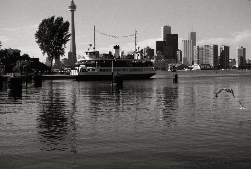 Toronto Island Ferry - Sam McBride - At Centre Island Dock