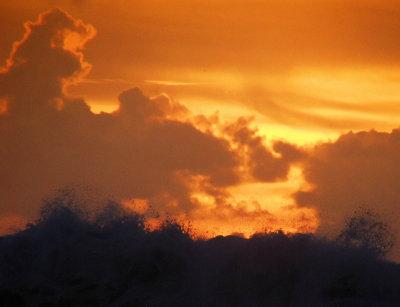 ex orange sunset clouds wave spray mod.jpg