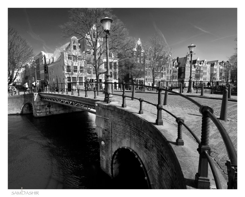 _DSC0029-BRIDGE-BW-CROP-LIGHT-FRM.jpg