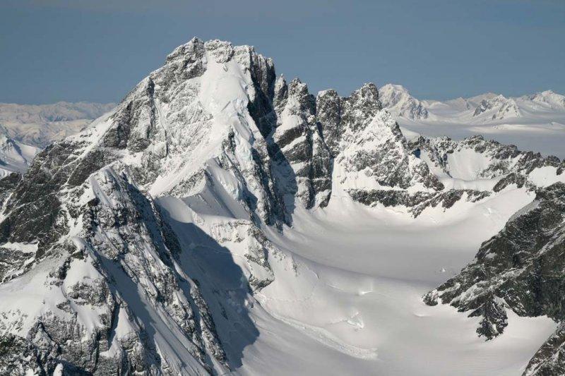 Monarch E Ridge & NE Face <br> (MonarchIceFld040307-_012.jpg)