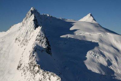 Clark Mt (R), Clarks SE Pk (L) & Clark Glacier <br> (DaKobed120807-_34.jpg)