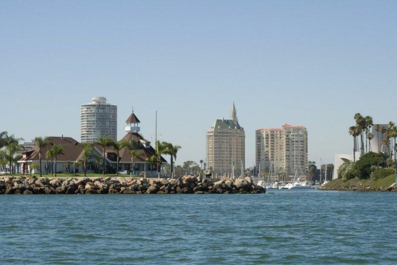 5417 Entry to the Long Beach Marina