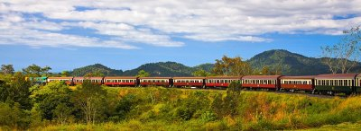 Kuranda Scenic Railway train panorama