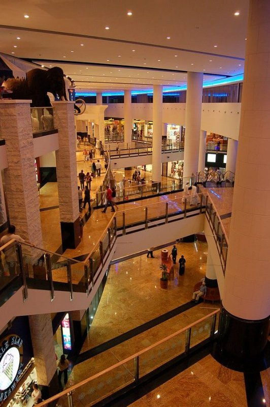 Mall of the Emirates - 400 stores.  Feels like Orange County, CA!