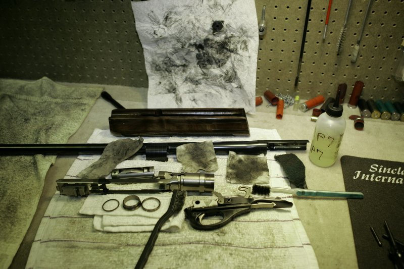 Shotgunworld com • How to clean the Rem 1100 - Complete