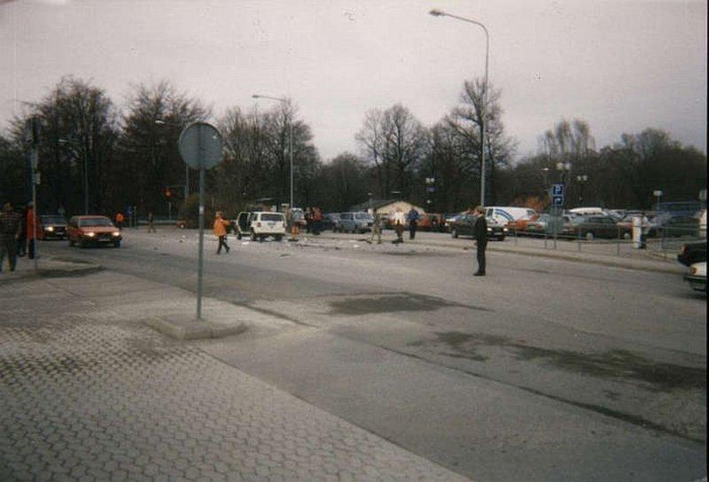 Car bomb at Karolinska hospital.jpg