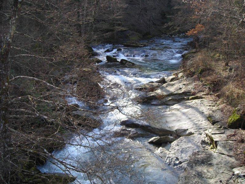 Dal ponte per Vertelli verso monte, sbarco intermedio