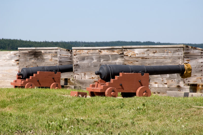 Fortress Louisbourg Cannons a.jpg