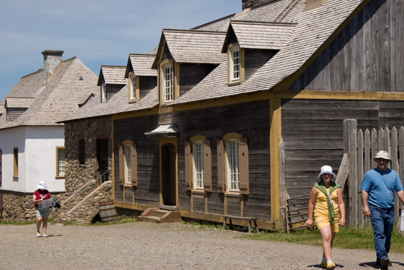 Fortress Louisbourg House on Main street.jpg