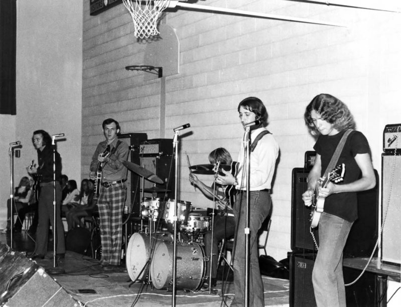 High School Dance with The Mood Group - Rick McGhie, Dave Barber, Bill Pinchen, Terry North & Stewart Ross