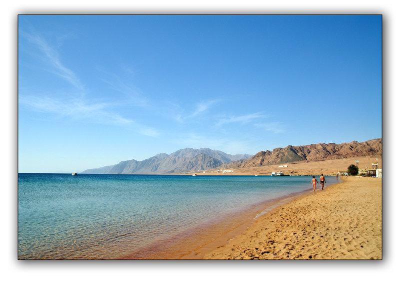 Dahab, beach in the lagoon