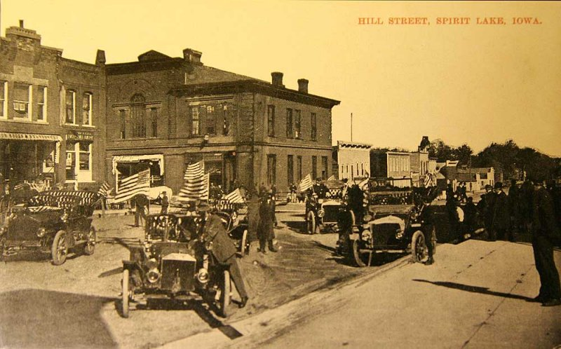Spirit Lake Hill Street 1910