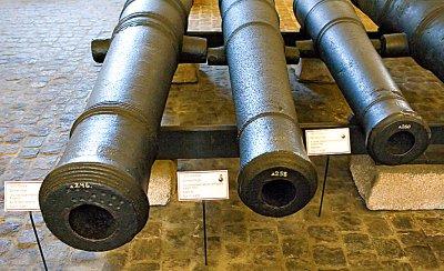 Svensk 18-pund Finbanker, 8-punds kanon System 1683, 8-punds kanon System 1692