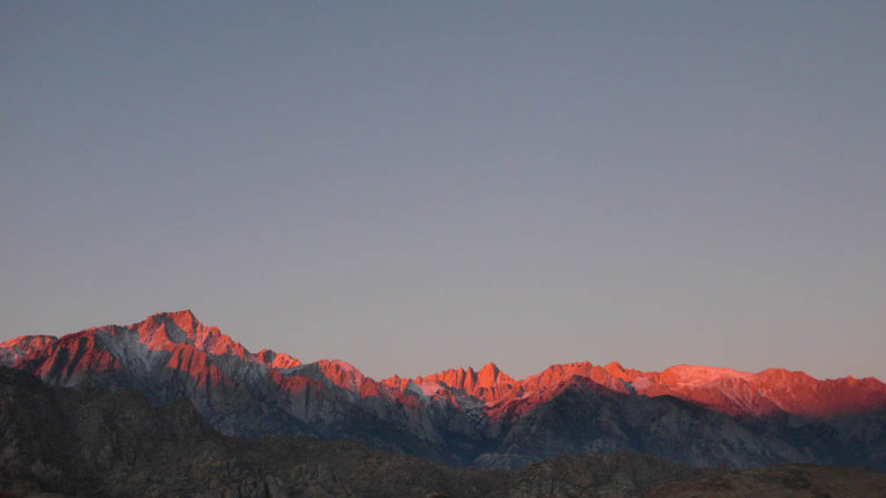 <B>Morning Red </B> <BR><FONT SIZE=2>Mt. Whitney California  October 2006</FONT>
