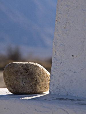 <B>Remembering</B> <BR><FONT SIZE=2>Manzanar National Monument, California February 2007</FONT>