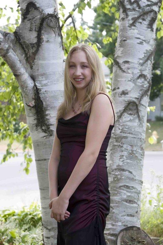 Jessica-Grad-007.jpg