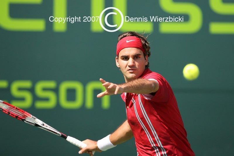 Roger Federer 030 26MAR07.jpg