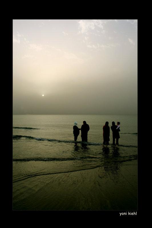 jaffa women at shore.jpg