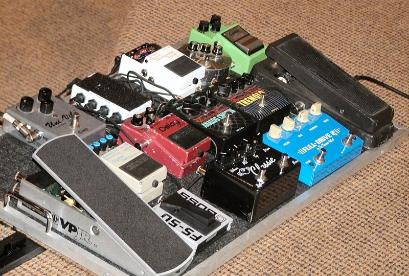 Nigels Guitar Effects & Boxes...