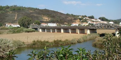 Ponte sobre a Ribeira de Seixe / \ Bridge over Seixe Stream