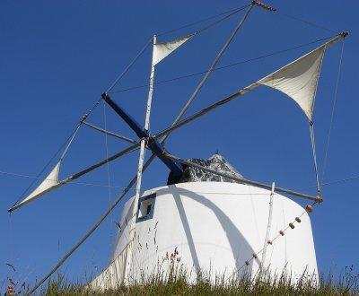 Moinho de Vento de Odeceixe, Algarve / \ Windmill in Odeceixe
