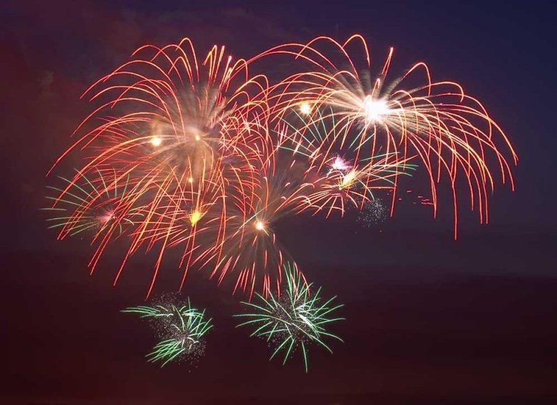CRW_00336B.jpg Fireworks competition, Plymouth Sound - © A. Santillo 2003