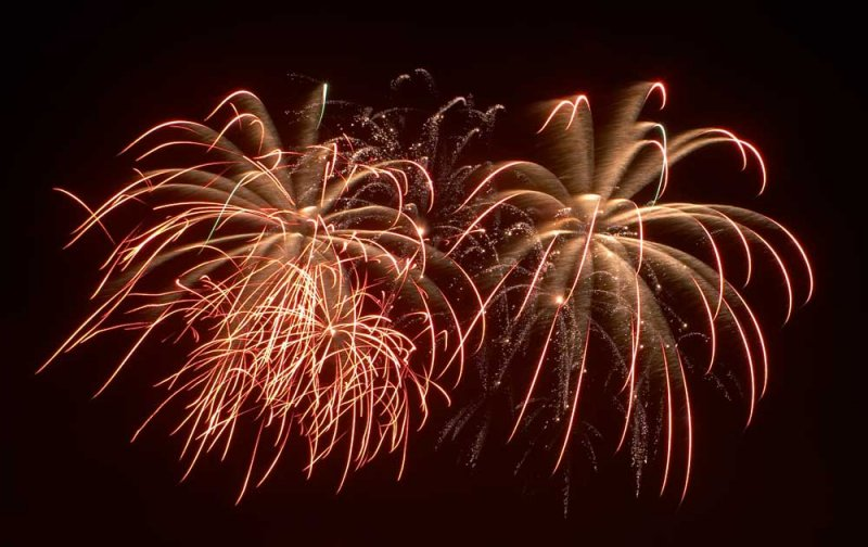 CRW_00370C.jpg Fireworks competition, Plymouth Sound - © A. Santillo 2003