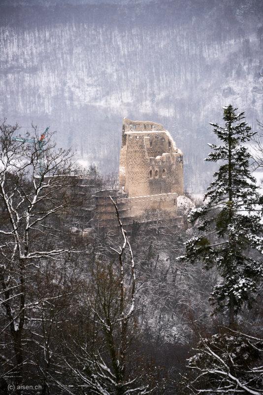 Ruine Pfeffingen Winter