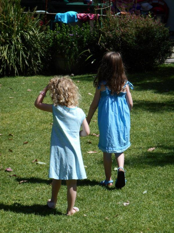 Zacs birthday - cousin Jasmine and Saskia