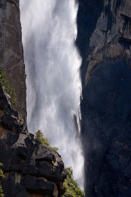 Briadalveil Falls