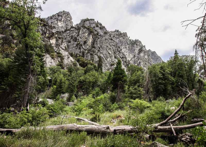 Rocky cliffs along the Zumwalt Meadow Trail in Kings Canyon National Park