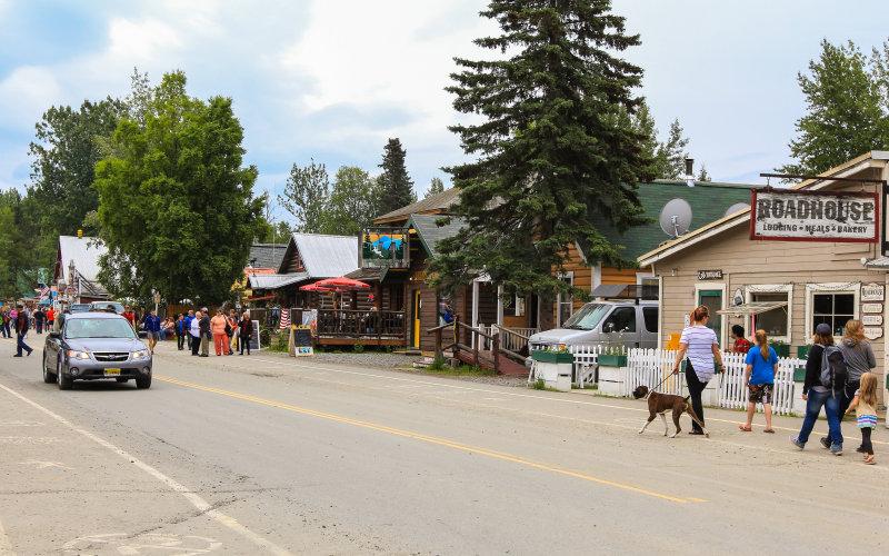 Main street in Talkeetna Alaska