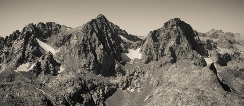Mount Ritter (Center) & Banner Peak (R) From The East <br>(IMG_2958-1.jpg)