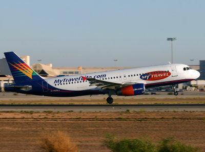 A320 G-FHAJ