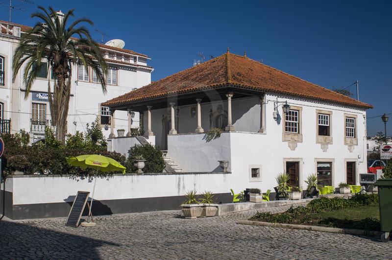 Edifício do séc. XVIII, no Largo Goa, Damão e Diu (Imóvel de Interesse Municipal)