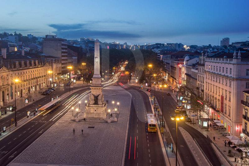 Praça dos Restauradores à Noite