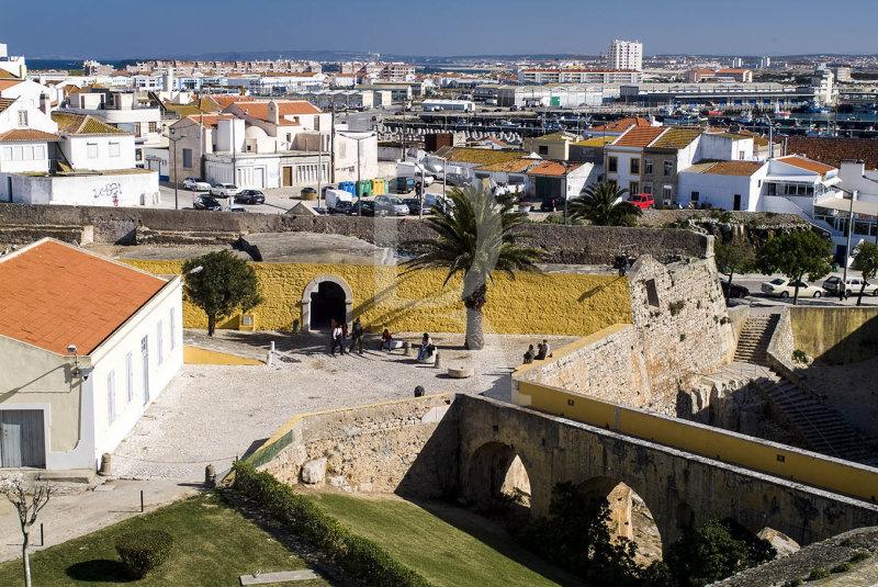 Peniche - A Fortaleza e a Cidade