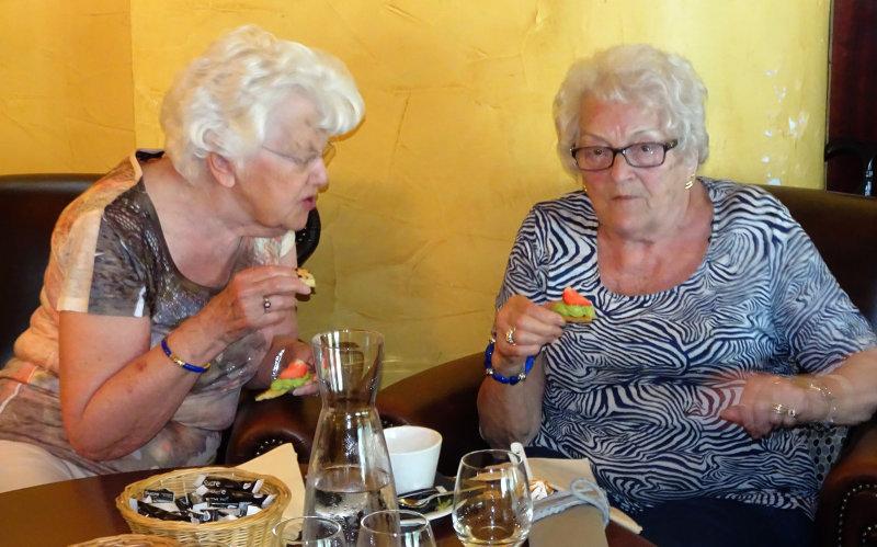 Lise et Raymonde