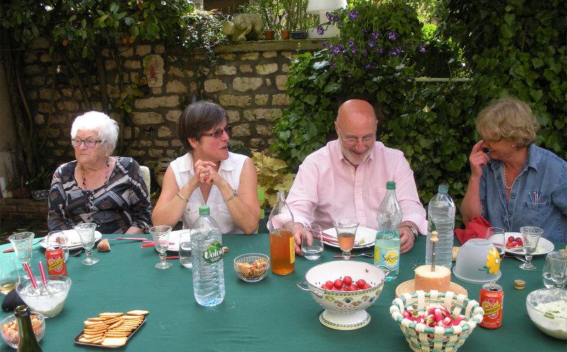 Raymonde, Nadine, Yves, Christine
