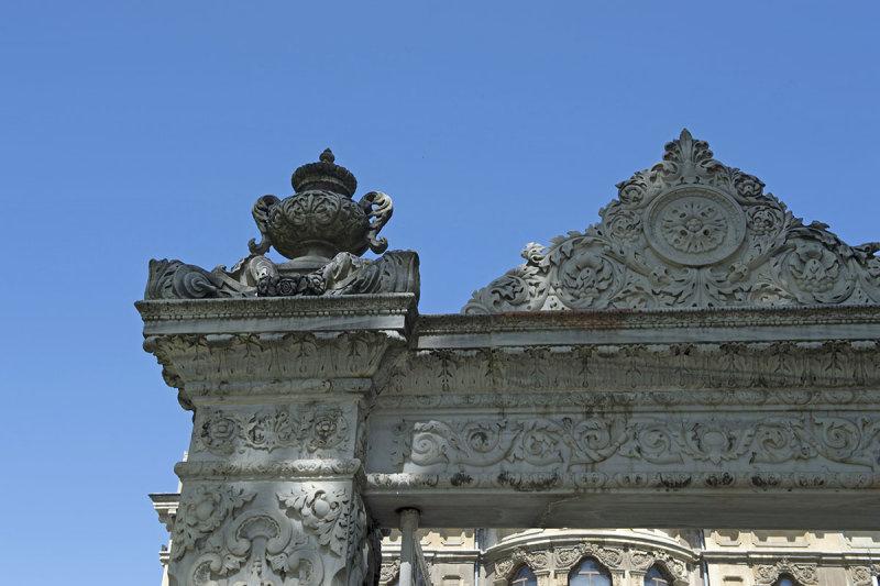 Istanbul Kucuksu Palace May 2014 8841.jpg
