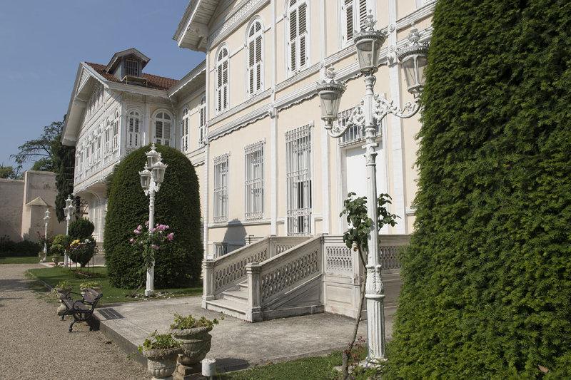Istanbul Yildiz Palace and Park May 2014 8167.jpg
