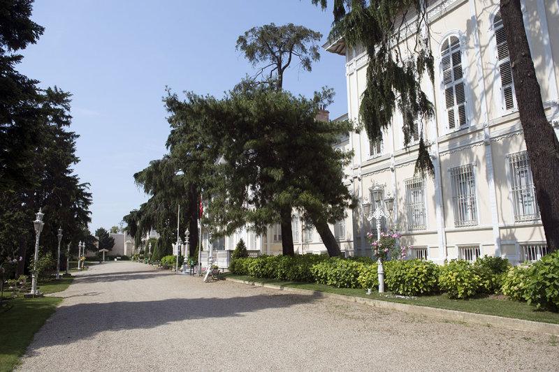 Istanbul Yildiz Palace and Park May 2014 8171.jpg