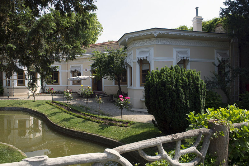 Istanbul Yildiz Palace and Park May 2014 8172.jpg