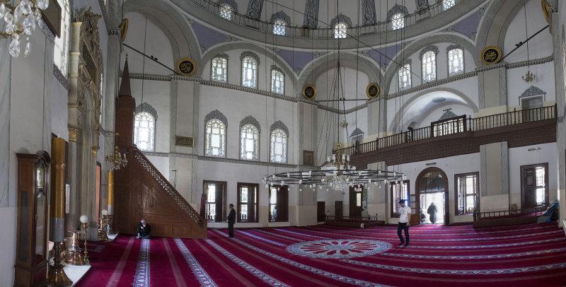 Bursa Emir Sultan Camii May 2014 7089 panorama.jpg