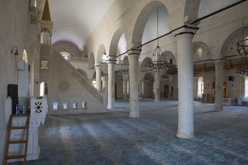 Urfa Salahiddini Eyubi Mosque september 2014 3452.jpg