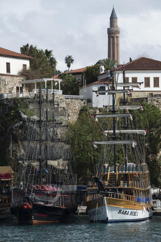 Antalya Harbour Area feb 2015 4766.jpg