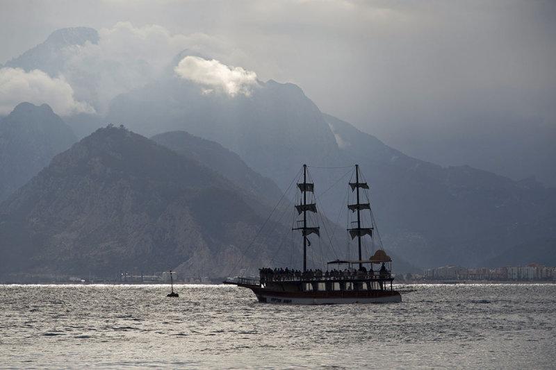 Antalya harbour area feb 2015  5653.jpg